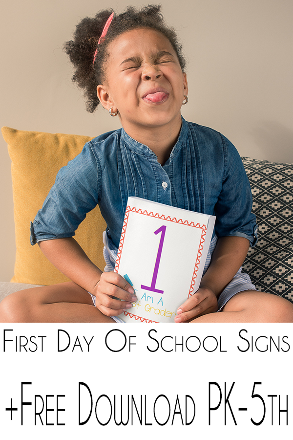 When we our kids go to school we think about all the memories they will make. My printable first day of school signs are just what you need for it all. #freeprintable #firstdayofschoolsigns #freeprintablefirstdayofcshoolsign