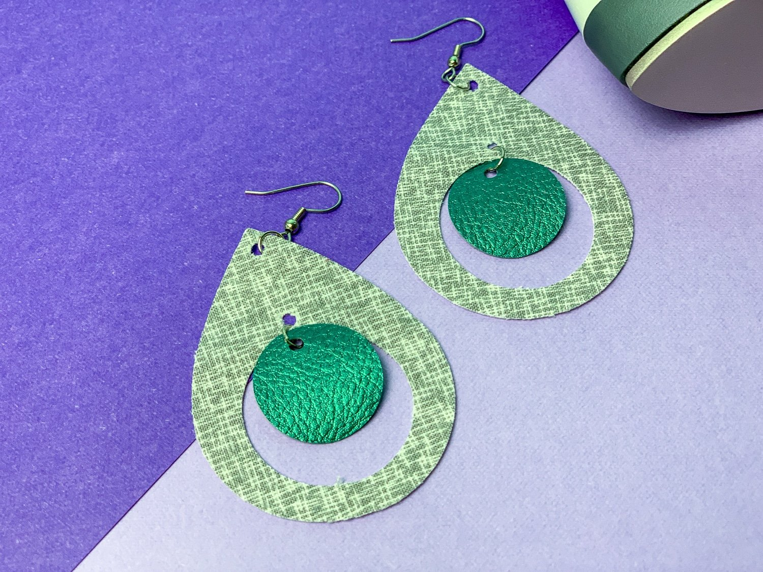 earrings with fabric from cricut