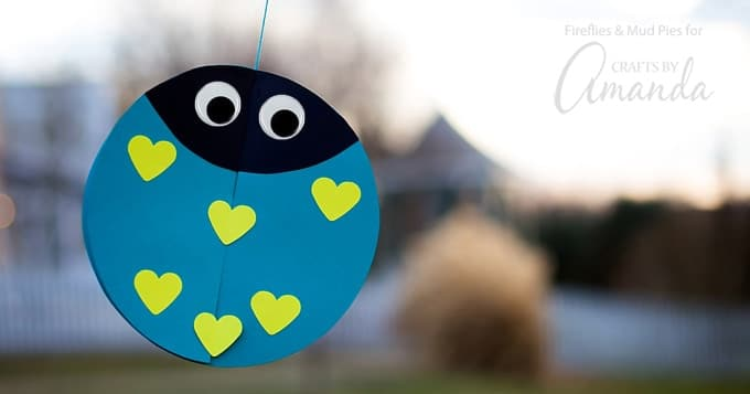Twirling Lovebugs: an adorable Valentine's Day craft full of love!