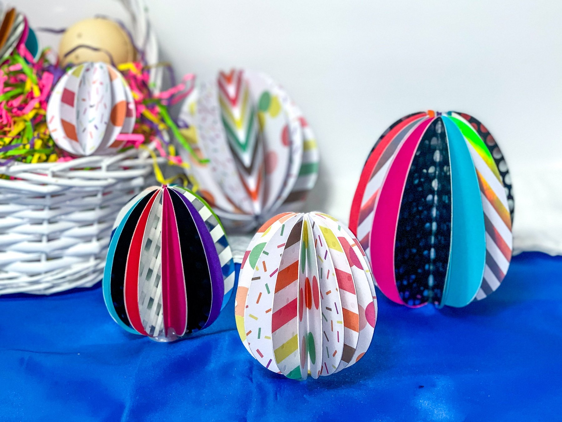 decorate easter eggs paper craft