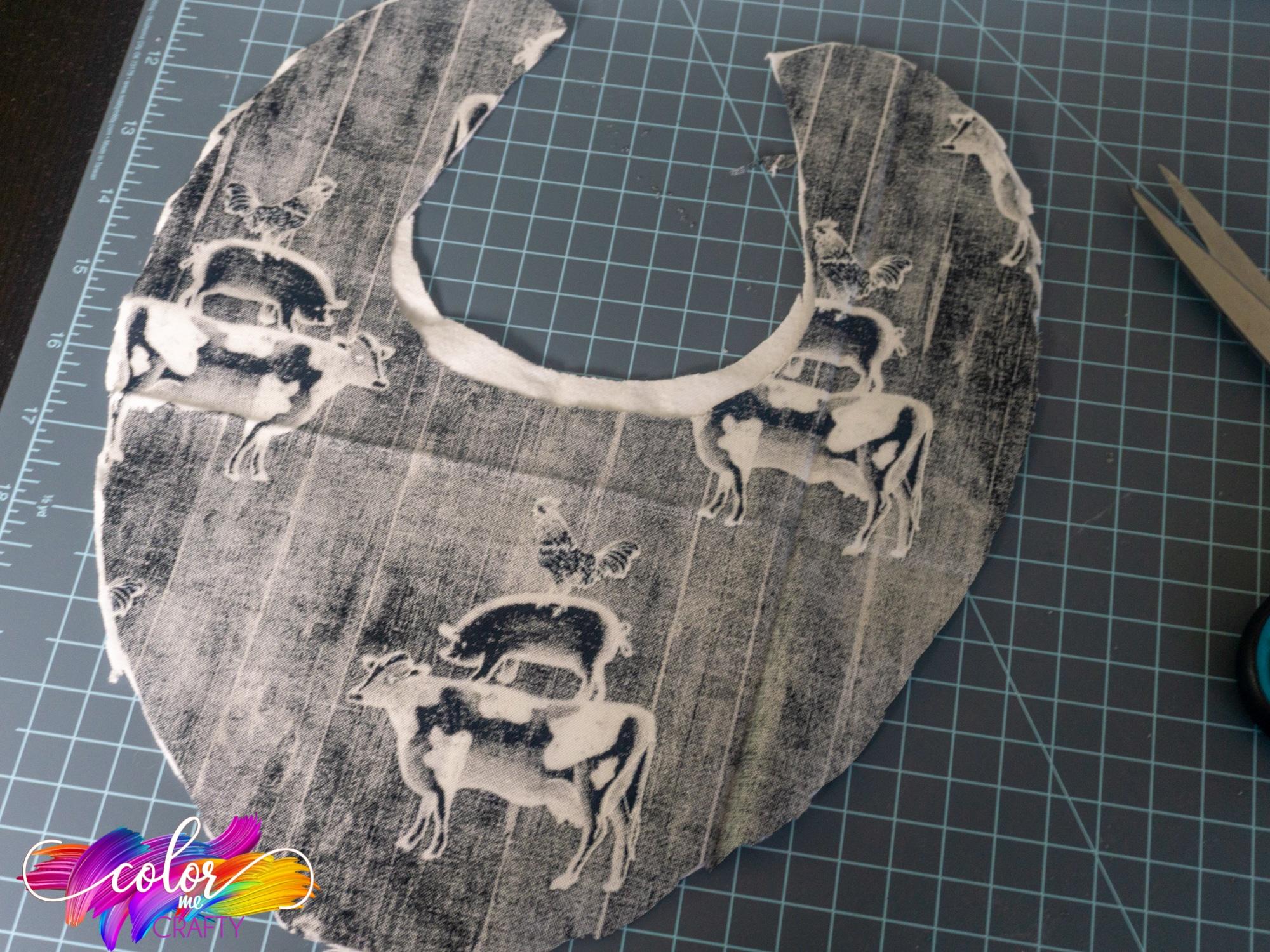 cricut cut baby bib project