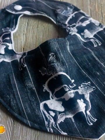 easy pattern for a cricut baby bandana