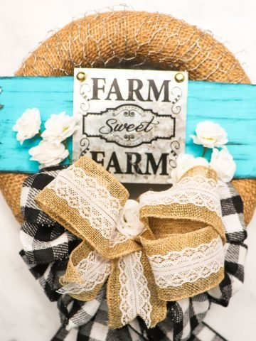 burlap and lace wreath for farmhouse home decor