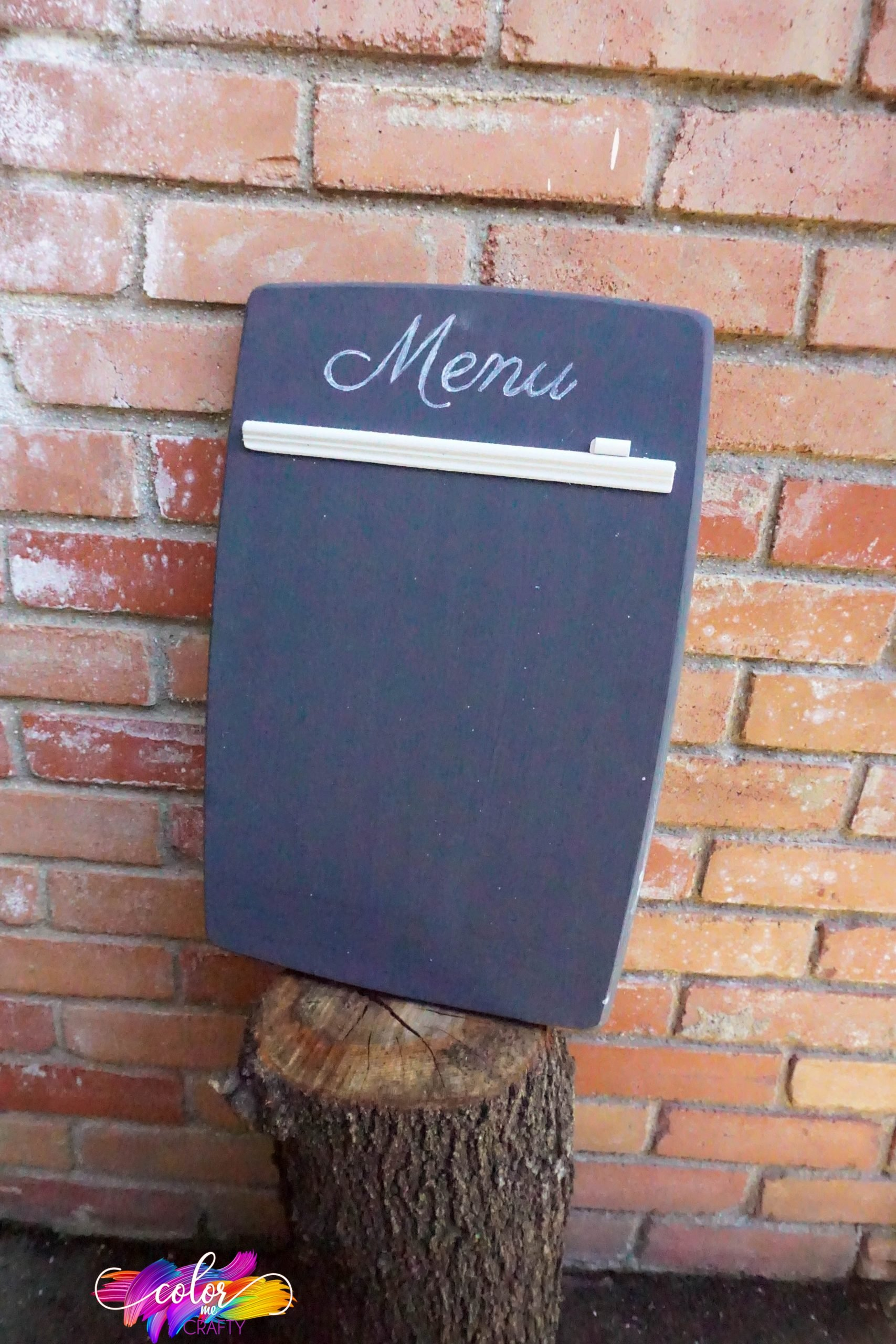 how to upcycle a cutting board into a menu board