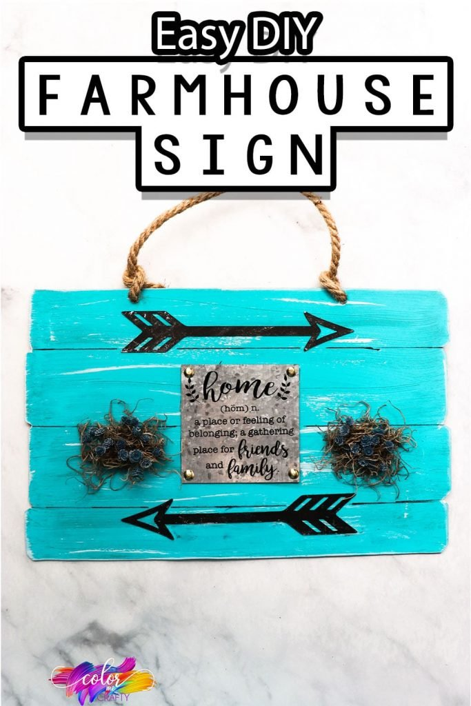 easy diy farmhouse craft with text which reads easy diy farmhouse sign