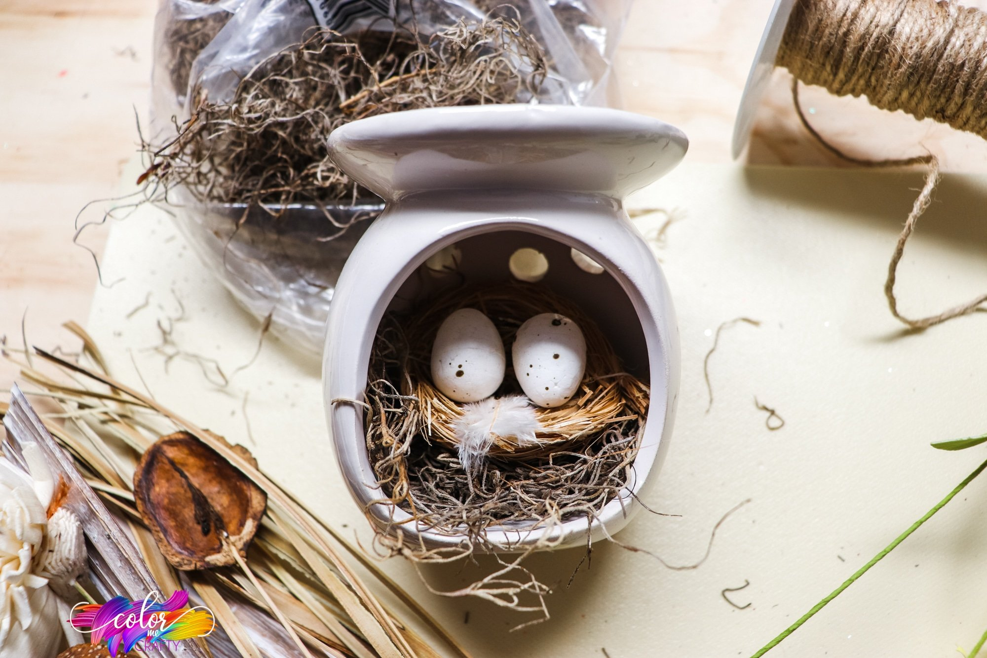 how to upcycle a candle warmer into a faux bird nest