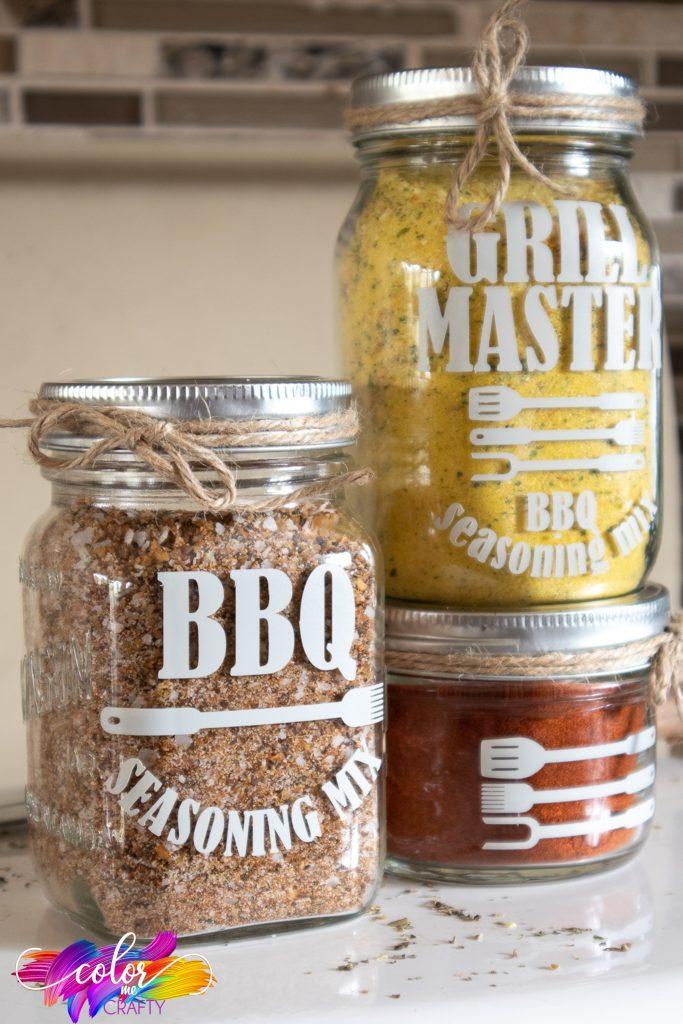 dry rub jar made with cricut