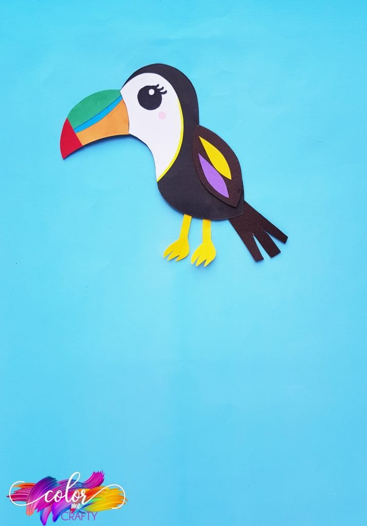 toucan made out of paper
