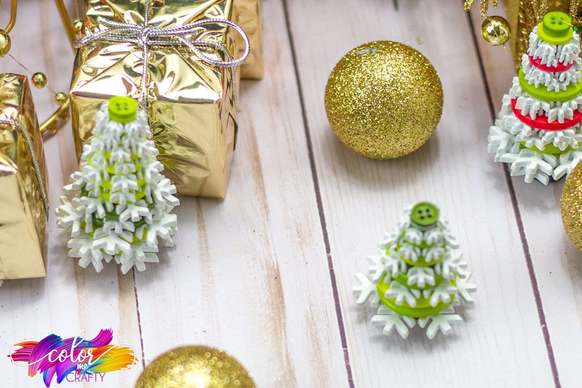 hanging tree ornament