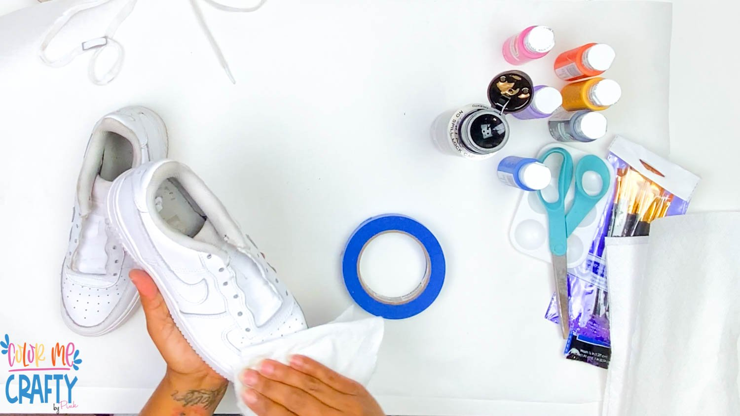 cleaning shoes with acetone